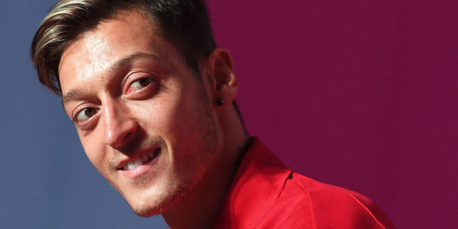 Mesut Ozil odejdzie z Arsenalu. Chce go Jose Mourinho!